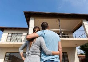 The facts and myths of refinancing your home loan